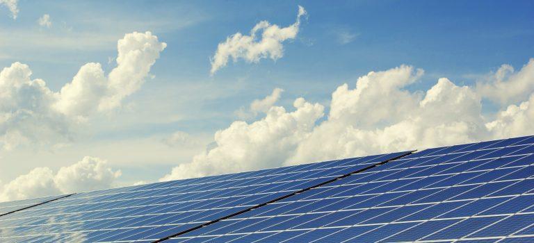 Nu satsar vi på solceller!
